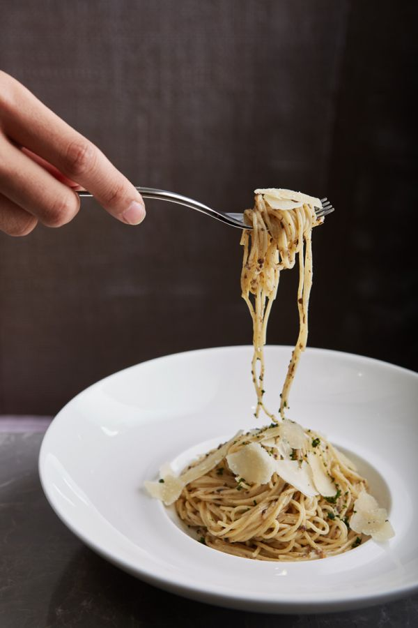 LADY L Garden Bistro : Homemade Angel Hair with Truffle Cream Sauce